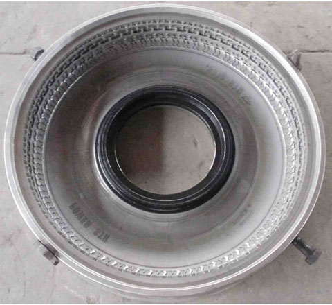 PCR Tyre Mould ST235 85R16 128 124L