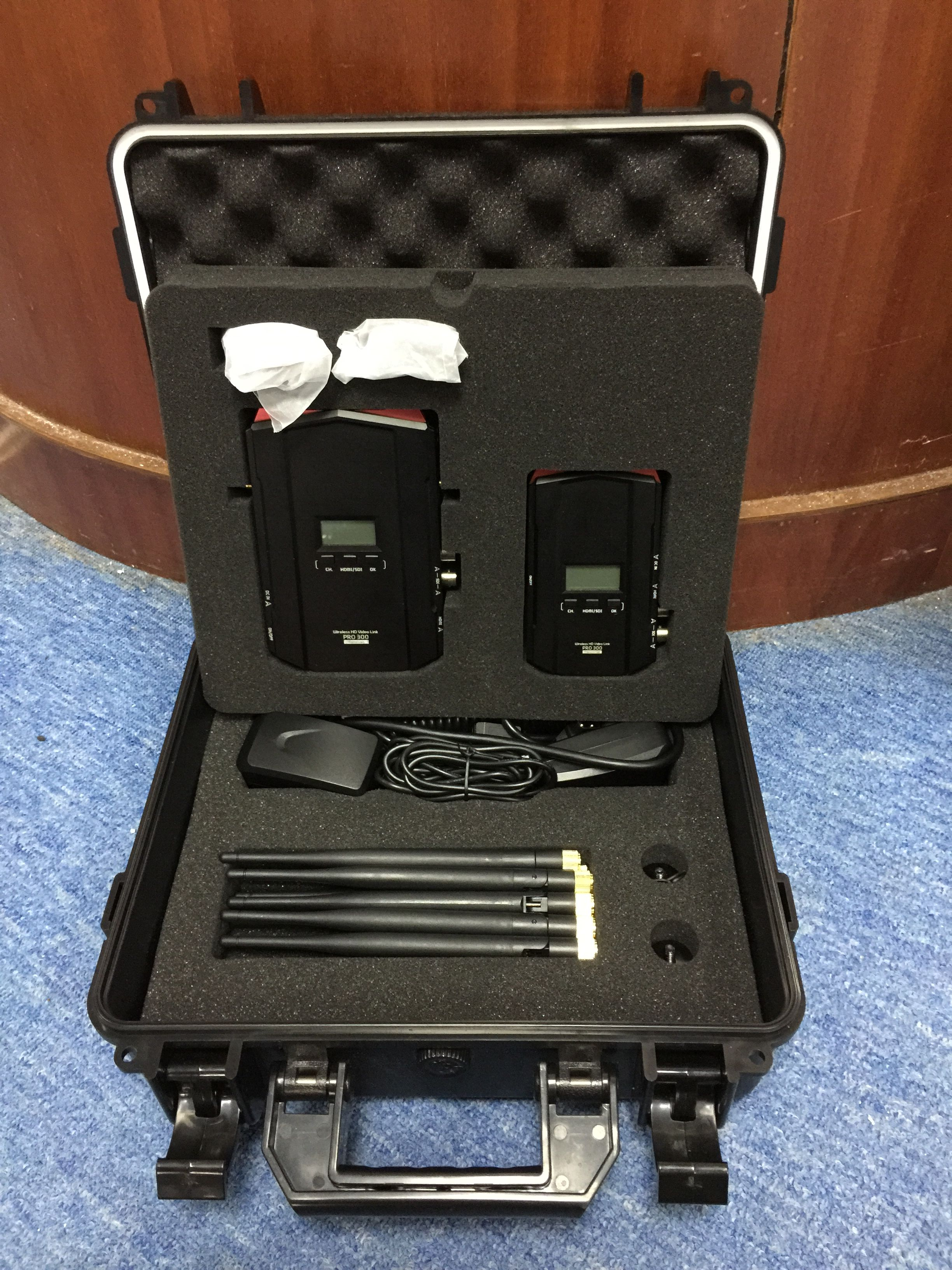 700m HD wireless transmission system