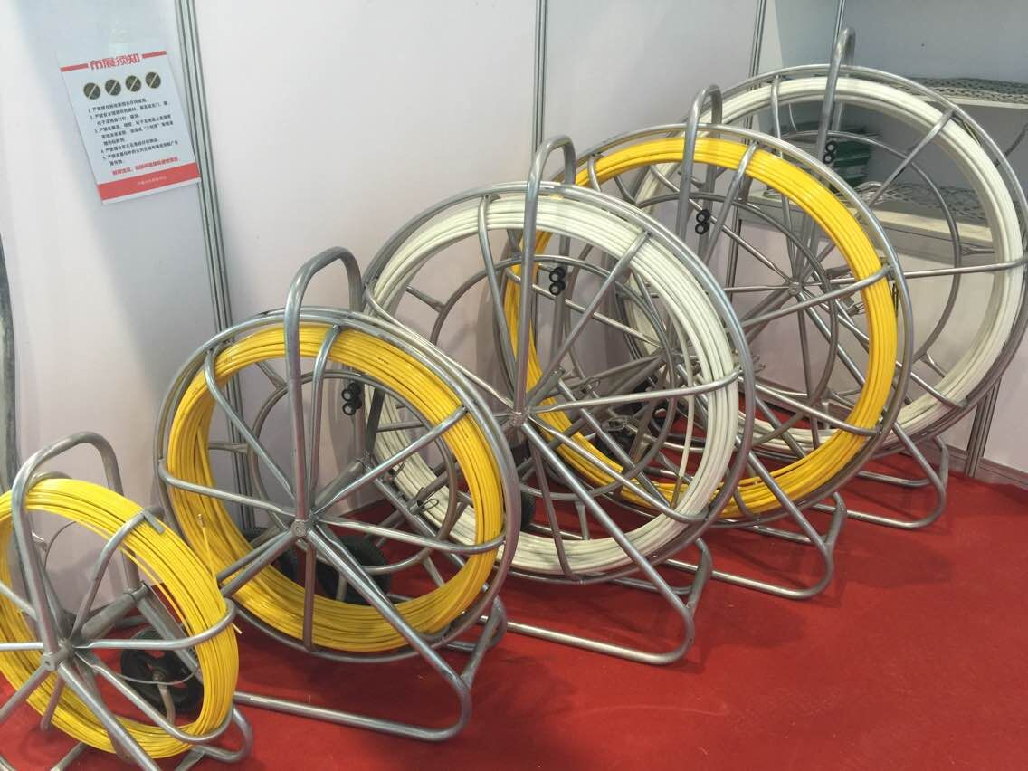 Bottom price hot selling 10mmx250m fiberglass duct rodder