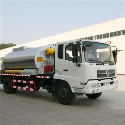 Intelligent Bitumen Spraying Truck