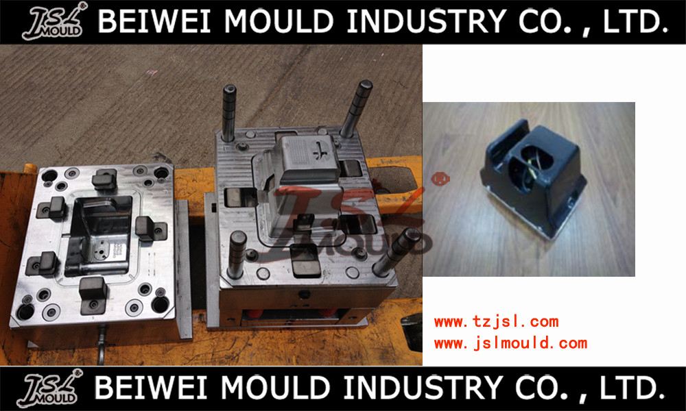 plastic injection lamp socket mould