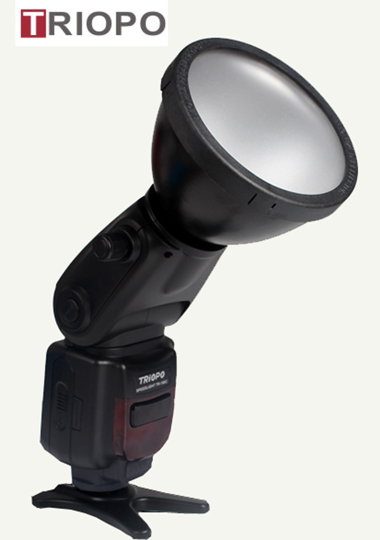 TRIOPO TR-180 Portable Flash Light,speedlite ,flash gun with Plug type flash tube ,master and slave ,wireless function for Canon or Nikon DSLR camera