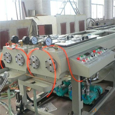 One Mould Four Pie Extrusion Machine