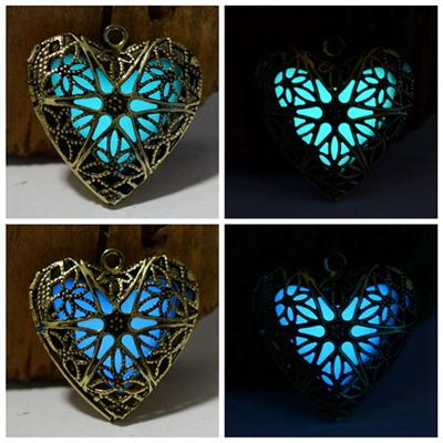 New Hollow Heart Pendant Diffuser Luminous Glow In The Dark Locket Necklace