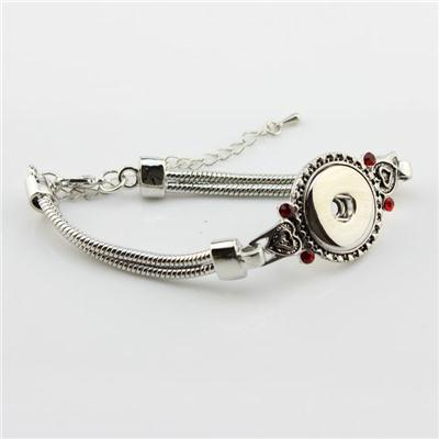 Silver Snap Button Bracelet With Red Crystal And Snake Chain