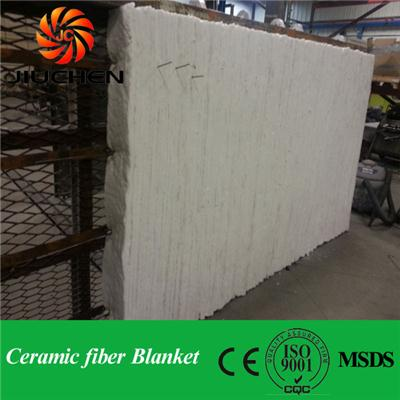 Thermal insulation material for oven ceramic fiber blanket
