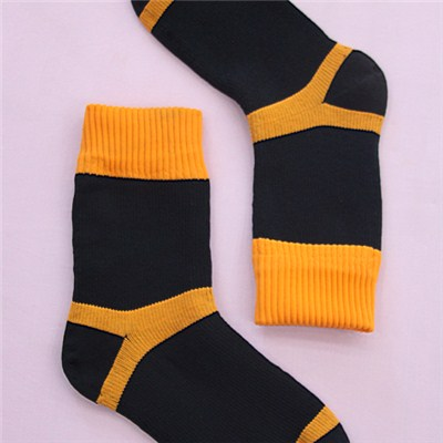 Low Price Soft Touch Waterproof Socks