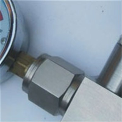 Multiport Gauge Valve