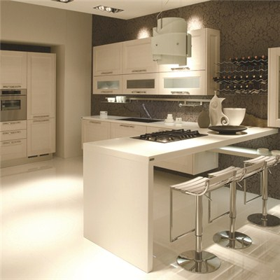 Staron White Peninsular Kitchen