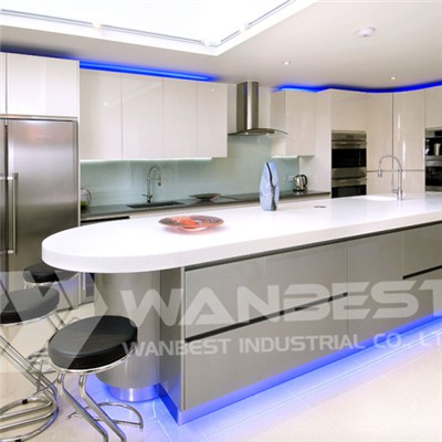 Hi Macs White Island Blue Light Kitchen