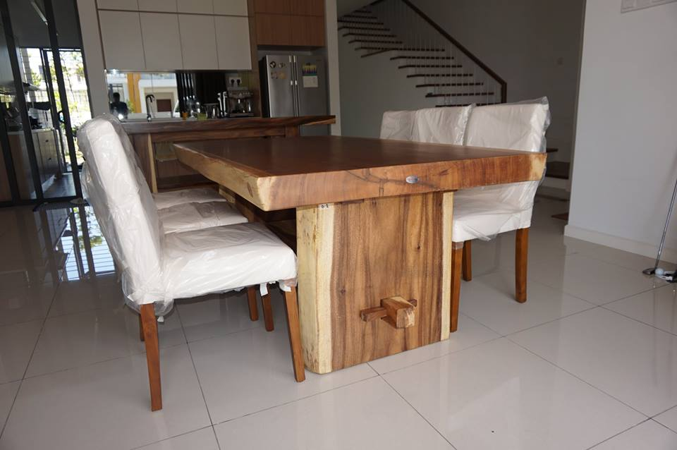 Suar Dining Table Wood Solid