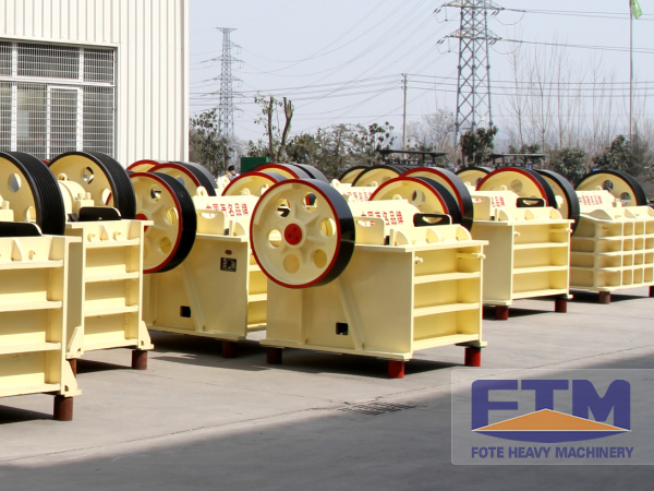 Aggregate Jaw Crusher/Jaw crusher/Fine Jaw Crusher Machine