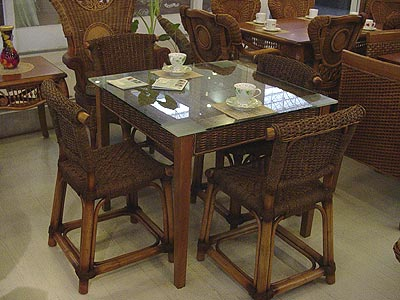 Collection of rattan table and 4 chairs