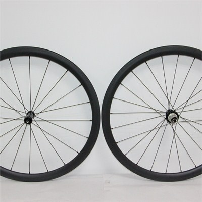 Carbon Clincher Wheels