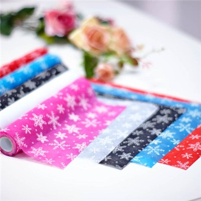 Nonwoven Rolls With Snowflake