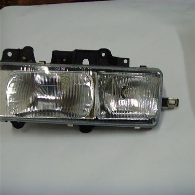 For ISUZU NKR Truck Head Lamp