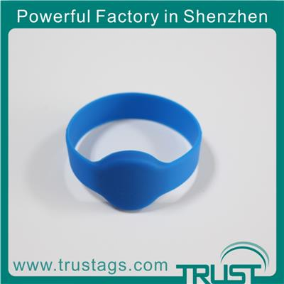 Smart Silicone Wristband For Identifiation