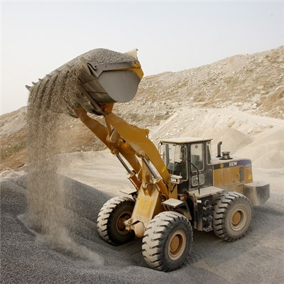 SEM652B Wheel Loader
