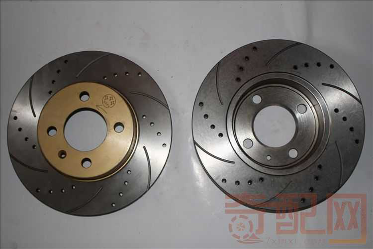 Honda Civic III Hatchback ventilated brake disc with black paint