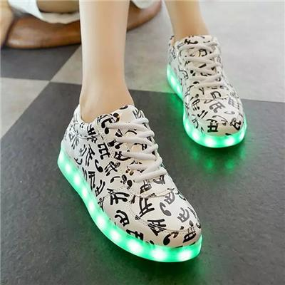 Direct Deal Spring New Style LED Shoes Colorful Unisex LED Shoes USB Charging Simulation LED Shoes