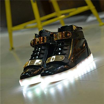 Wholesales Unisex LED Shoes Fashion Men And Women Best Quality Flaring Luminous Shoes LED Air Force Shoes