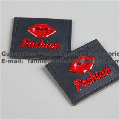Fashion Leather Label With Red Lip Metal