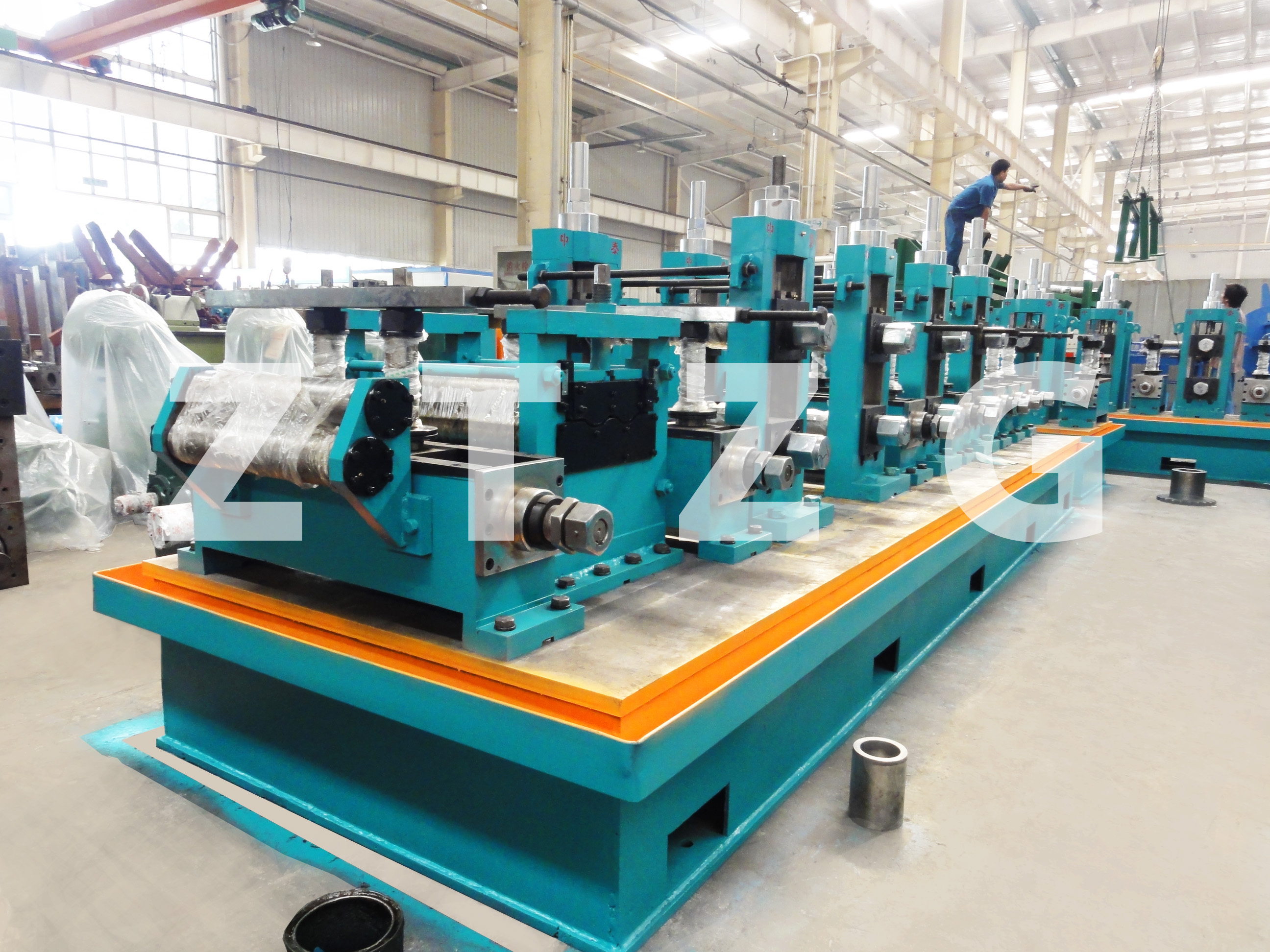 ERW114 carbon steel HF Straight Welded Pipe production Line