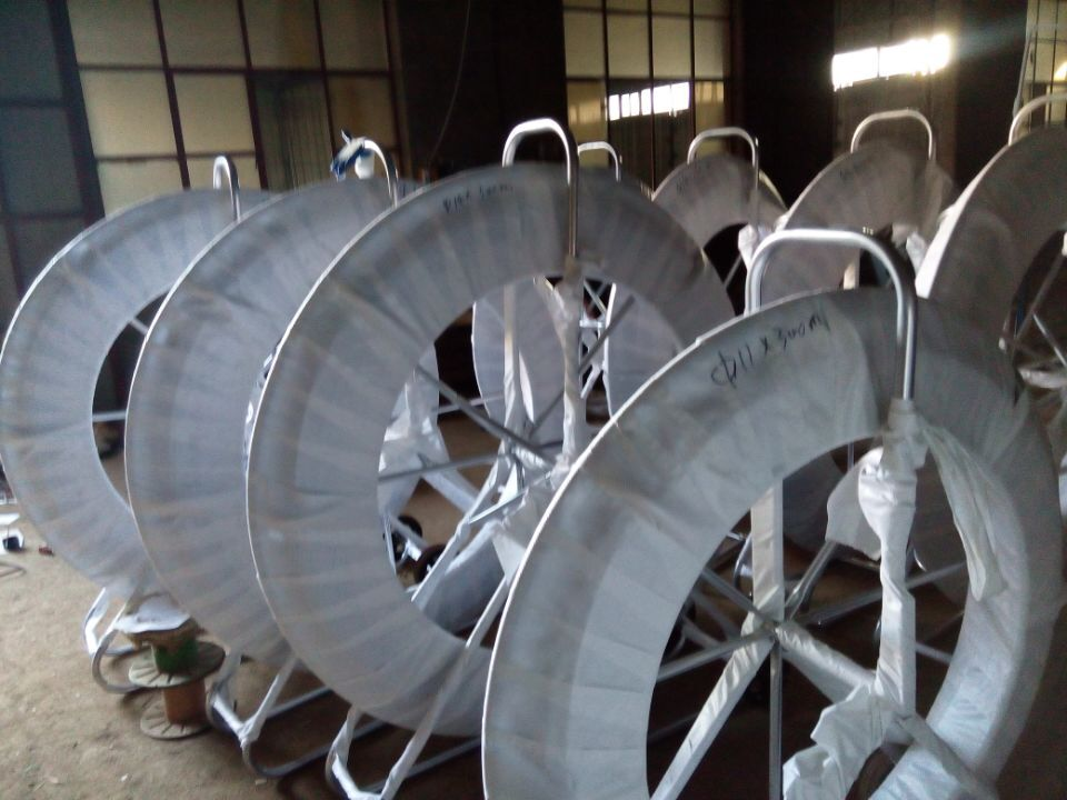 Coated Fiberglass Continuous Duct Rodder with Cage and Stand