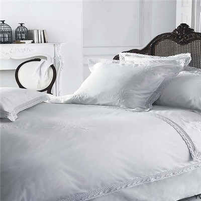 White Embroided Duvet