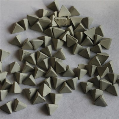 Ceramic Media In Triangle Shape