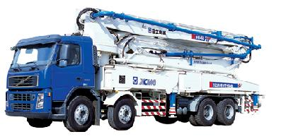 XCMG HB48 truck mounted concrete pump