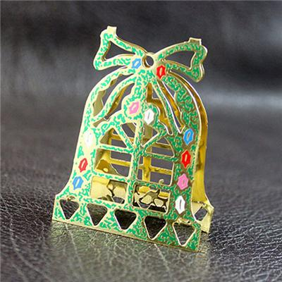 Silk-Screen Printing 3D Metal Ornament