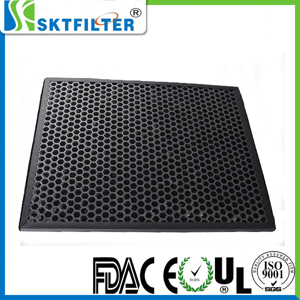 Honeycomb based carbon particle filter