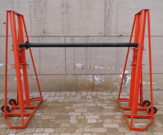 hydraulic lifting jacks