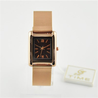 Soft Metal Wrist Watch In Rose Gold Color