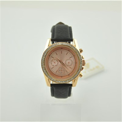 Waterproof Lover's Leather Watch With Crystals