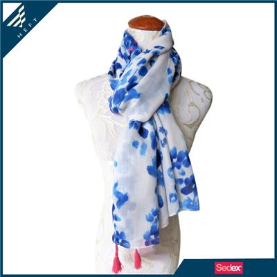 China Of Blue And White Porcelain Scarf