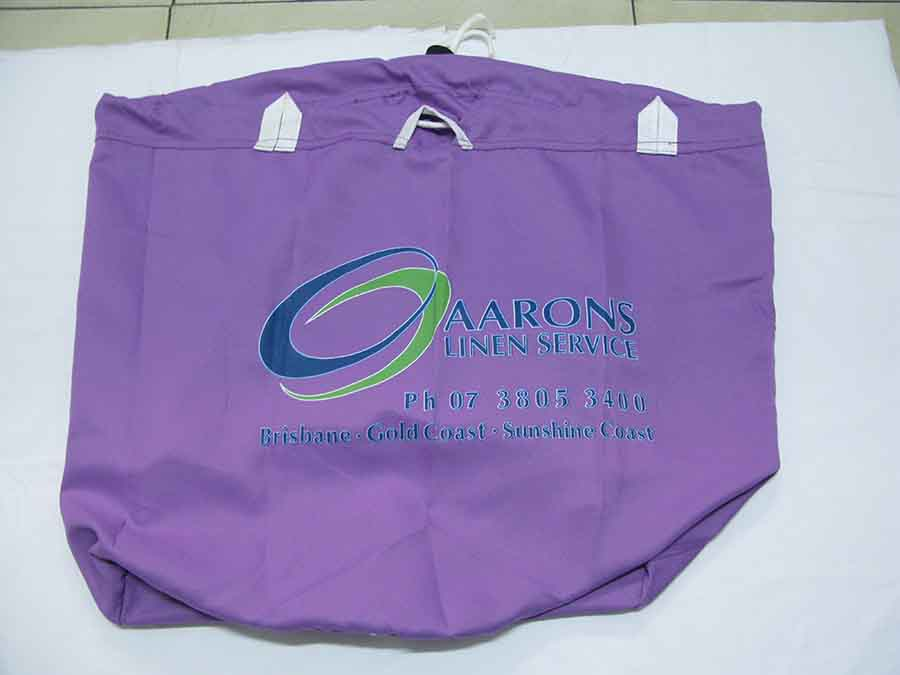 100% polyester laundry bag