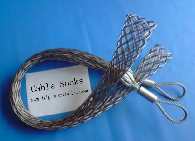 cable pulling socks
