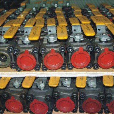 3-PC Body Floating Ball Valve