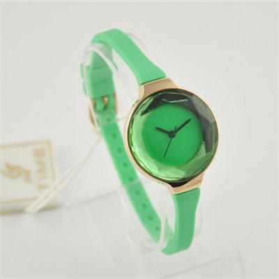 Ladies Silicon Watches With Cute And Bright Color Wristband