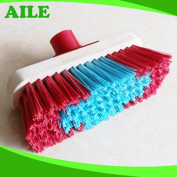Push Broom with Moisture Resistance