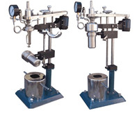 1-2L Floor Stand micro stritted  Reactors