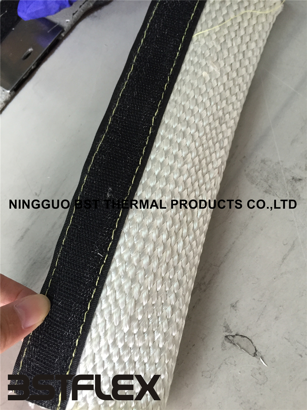 silicone coated fiberglass firesleeve with hoop and loop fastener