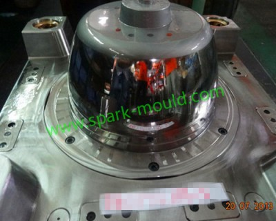 Mirror polished plastic mold