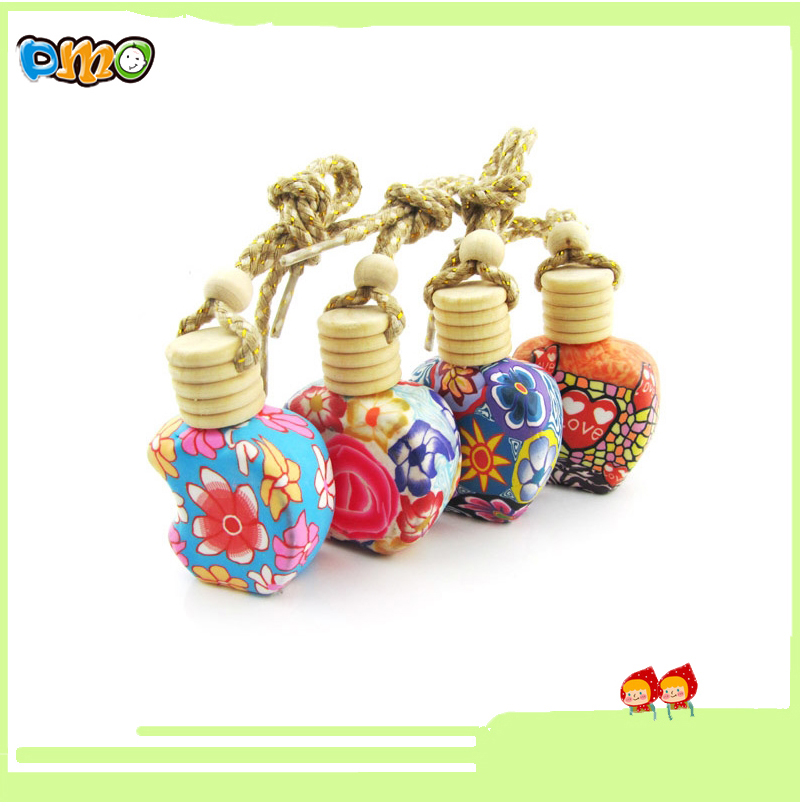 2016New Design Fancy Lovely Empty Glass Polymer Clay Perfume Bottle for Car Hanging