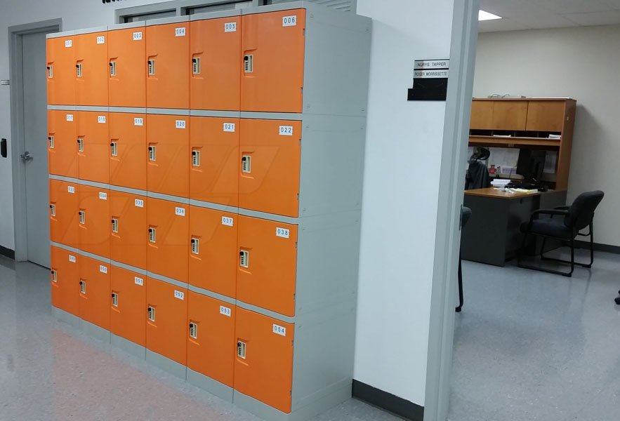 Six Tier Office Lockers Made Of ABS Plastic