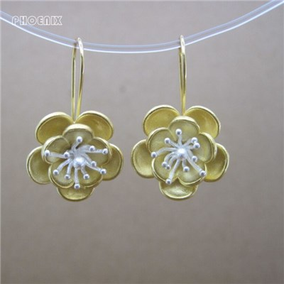 Flowers Silver Dangling Earrings SSE054