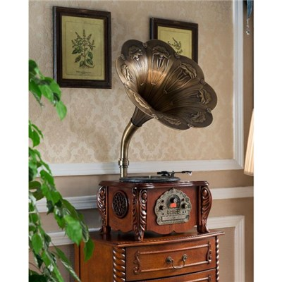 Old Fashion Wooden Horn Phonograph