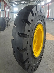High quality solid tyre with the ISO certificate